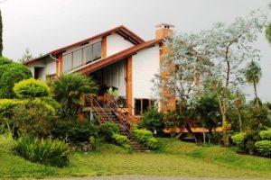 Villa Bivaqs Istana Bunga Lembang