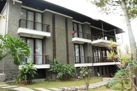 Villa Okta Kampung daun